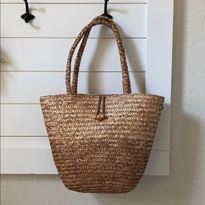 Moving Sale! Vintage Wheat Straw Tote